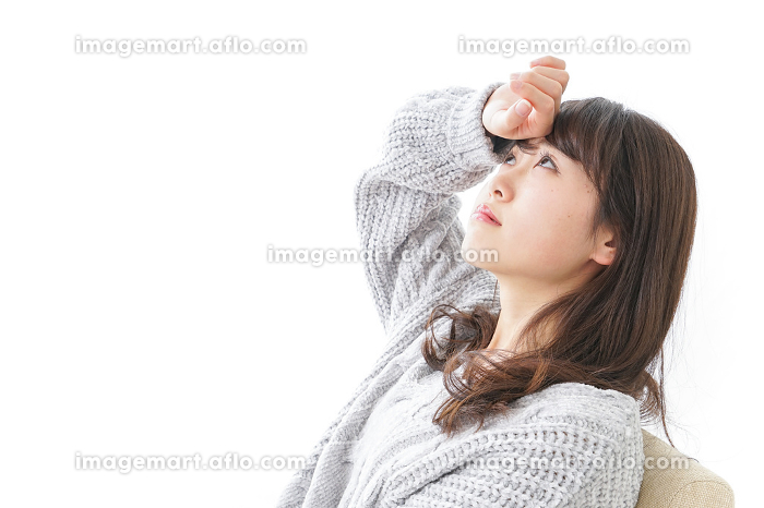 発熱した女性の販売画像