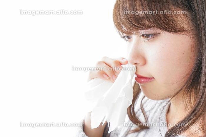 鼻血が出た女性の販売画像