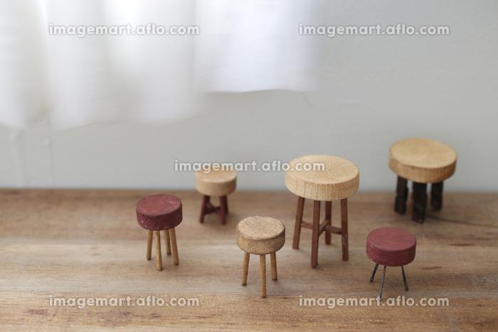 DIYで作った小さなミニチュア家具のイメージの販売画像