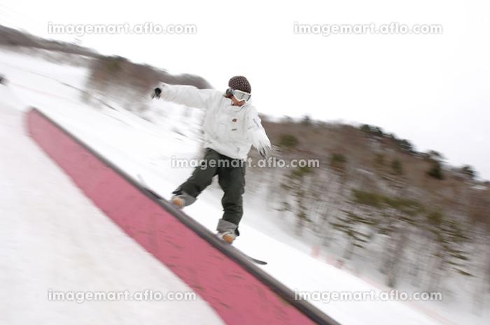 余暇 スノーボーダー レジャースポーツの販売画像