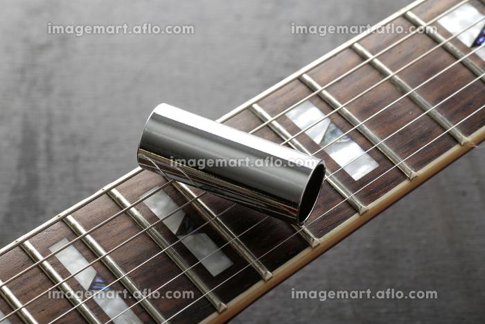 エレキギターの弦・ピック・音叉・スライドバーの販売画像