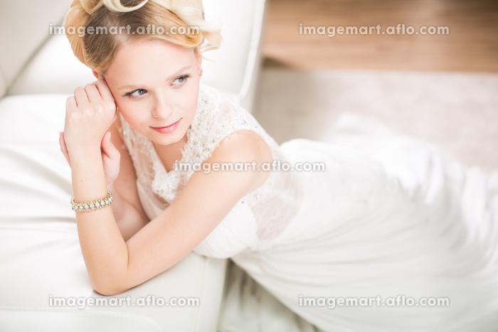 カラフル 見事 花嫁の販売画像