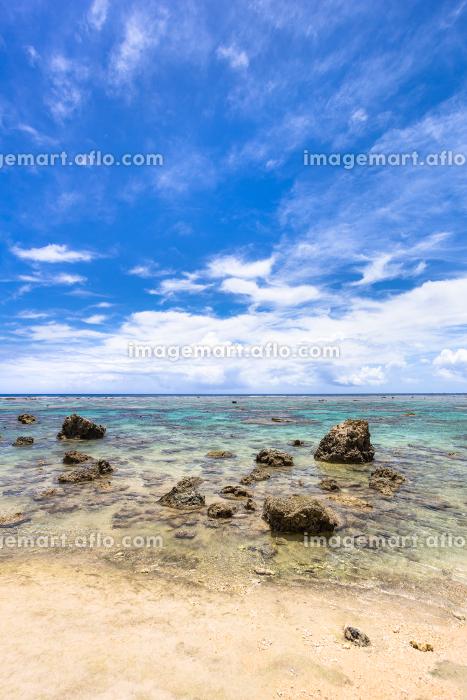 沖縄県宮古島、6月の砂浜・日本の販売画像