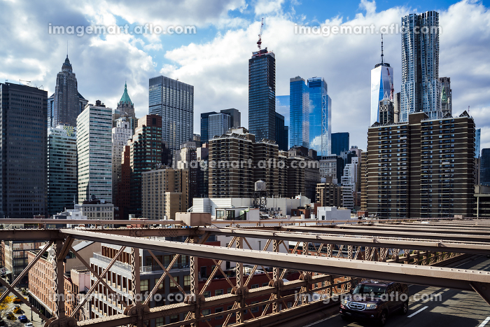 View of the New York skyline from the Brooklyn Bridge