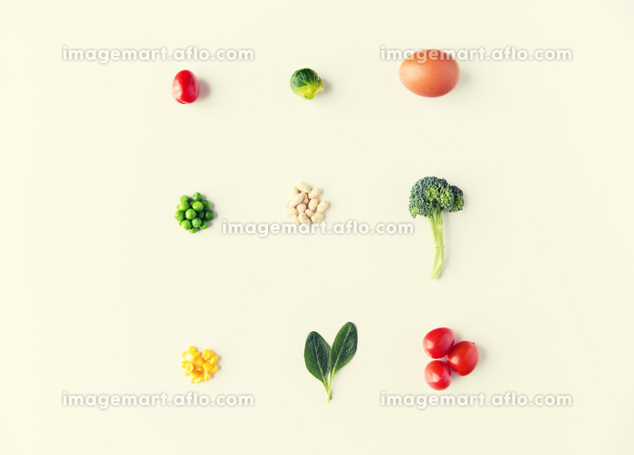 close up of ripe vegetables and food over whiteの販売画像
