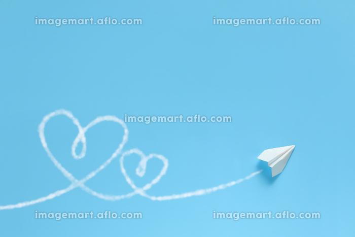 飛行機雲でハートを描く紙飛行機 6 1機 Wハートの販売画像