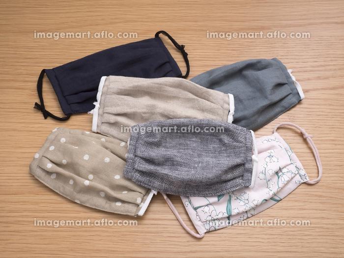 手作りの布マスクの販売画像