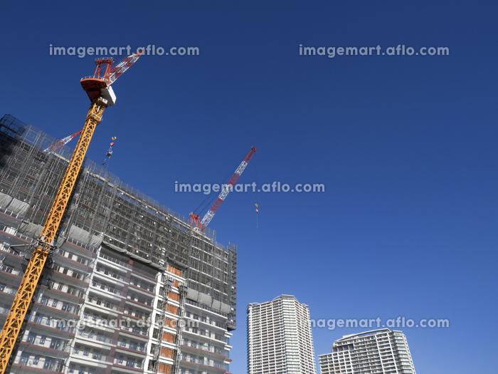 高層マンションの新築工事の販売画像