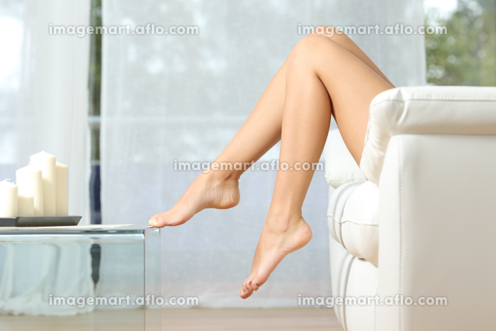 Perfect woman legs hair removal conceptの販売画像