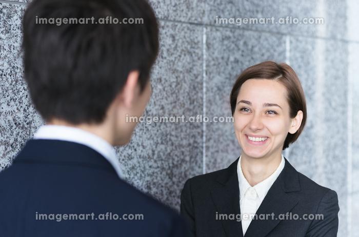 ビジネスイメージ・2人の人物の販売画像