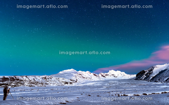 Winter travel to Icelandの販売画像