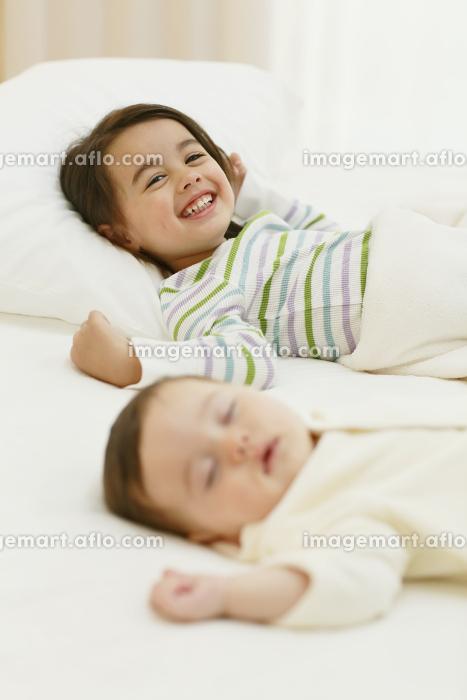 寝室の子供達の販売画像