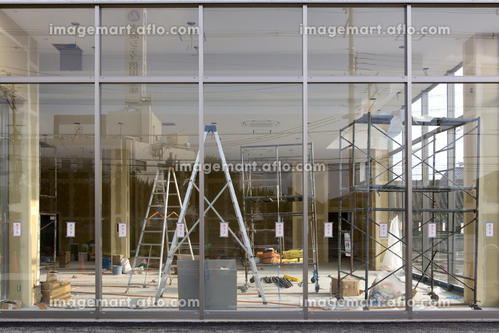 店舗の工事現場の販売画像