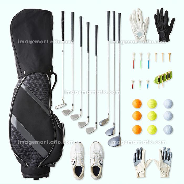 様々なゴルフ用品の販売画像