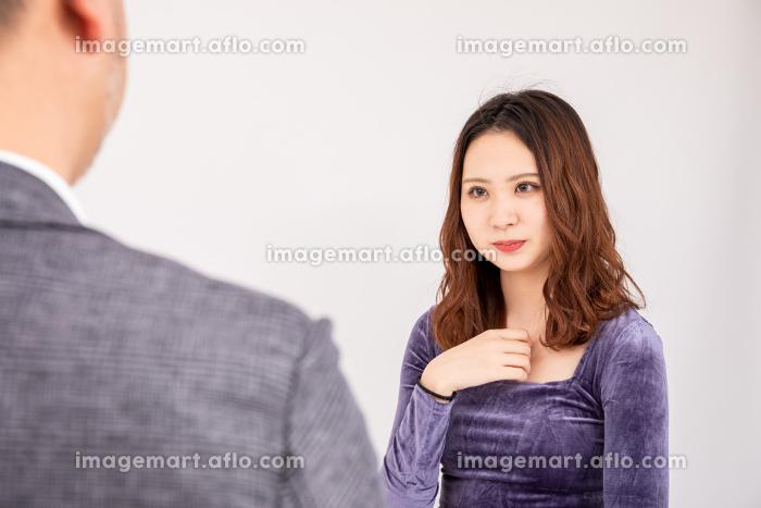 父と娘の販売画像