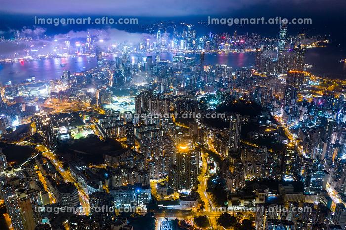 Kowloon, Hong Kong 29 February 2019- Hong Kong city at nightの販売画像