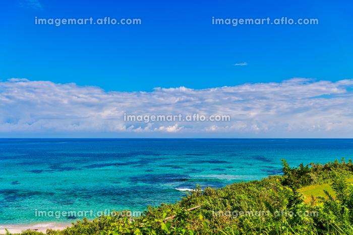 綺麗な角島大浜海水浴場の青空と海と海岸の販売画像