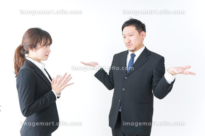 怒るビジネスマンの販売画像