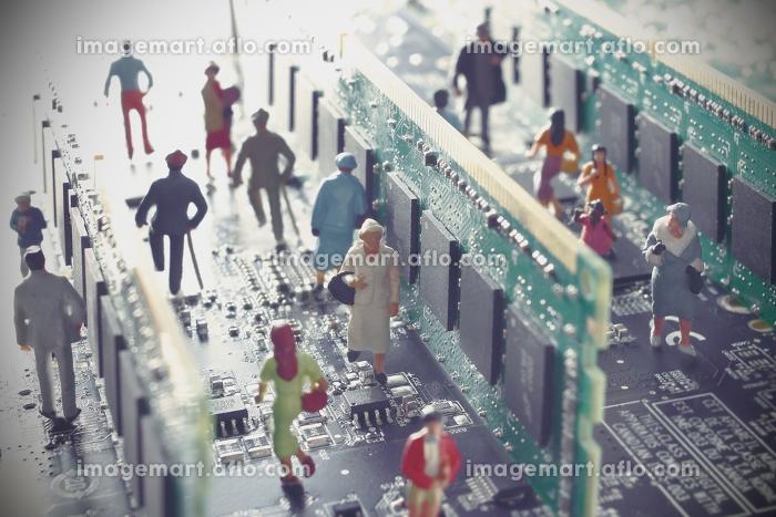 PC基盤に囲まれた未来の社会のジオラマの販売画像