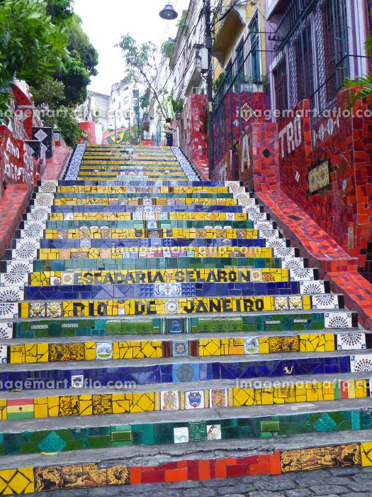 ブラジル・リオデジャネイロの観光名所であるタイル絵のセラロン階段全体図の販売画像