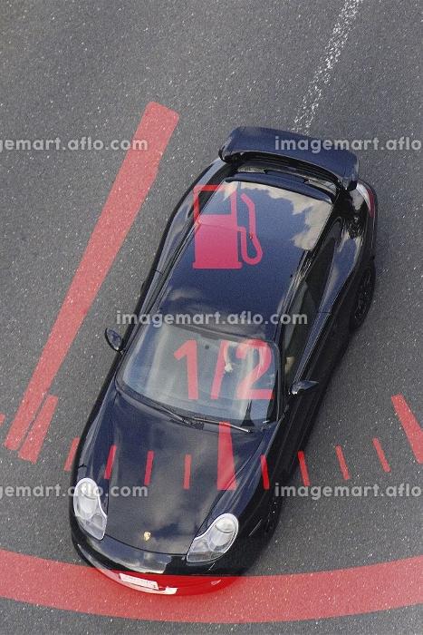 自動車の燃料計のイメージ合成の販売画像
