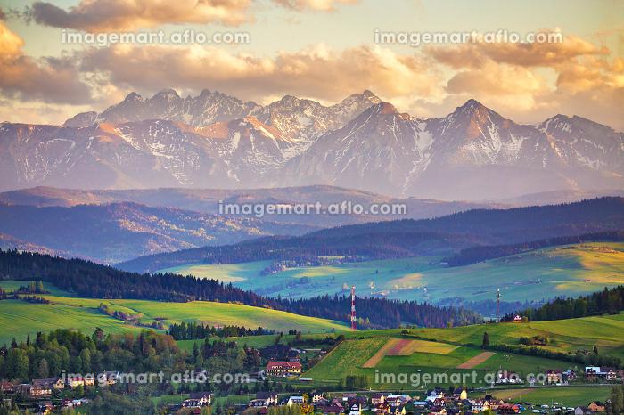 Spring sunset in Tatra Mountains, Pieniny rangeの販売画像
