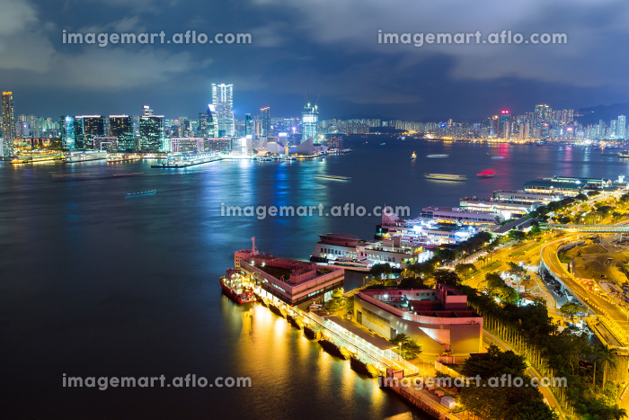 Hong Kong bay at nightの販売画像
