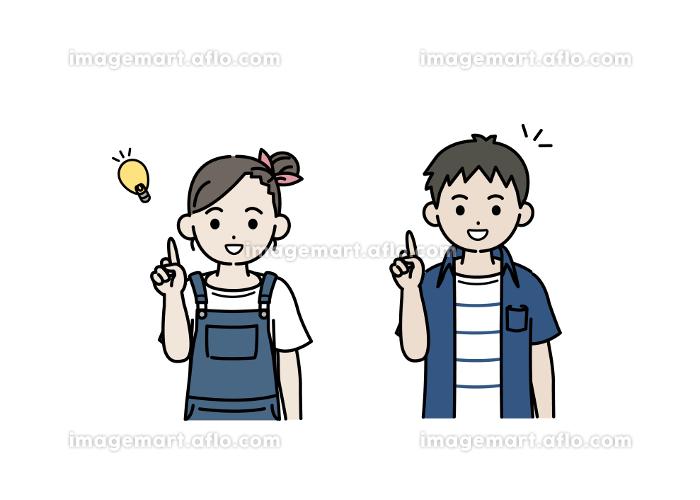 閃く男の子と女の子のイラスト アイデア 思いつく 子供 小学生 低学年の販売画像
