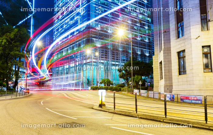 Car light trails and urban landscape in Hong Kongの販売画像