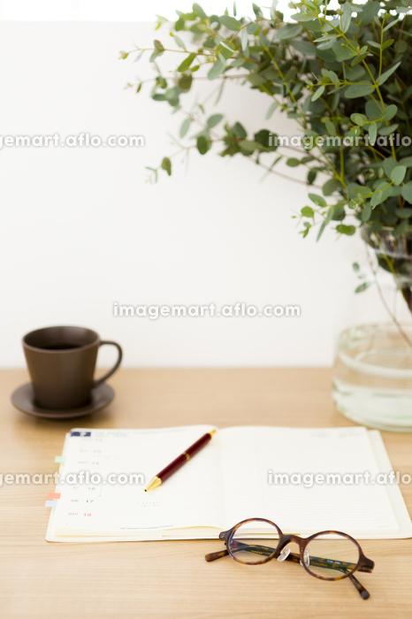 テーブルに置かれた小物
