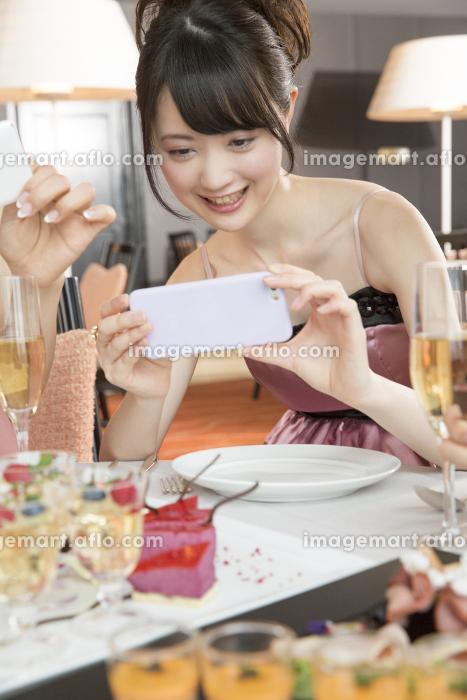 女子会イメージの販売画像
