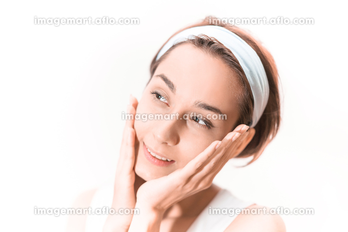 ビューティーイメージ(女性・美容・ホワイトバック)の販売画像