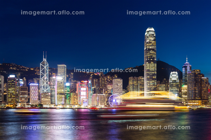 Skyline of hong kong at nightの販売画像