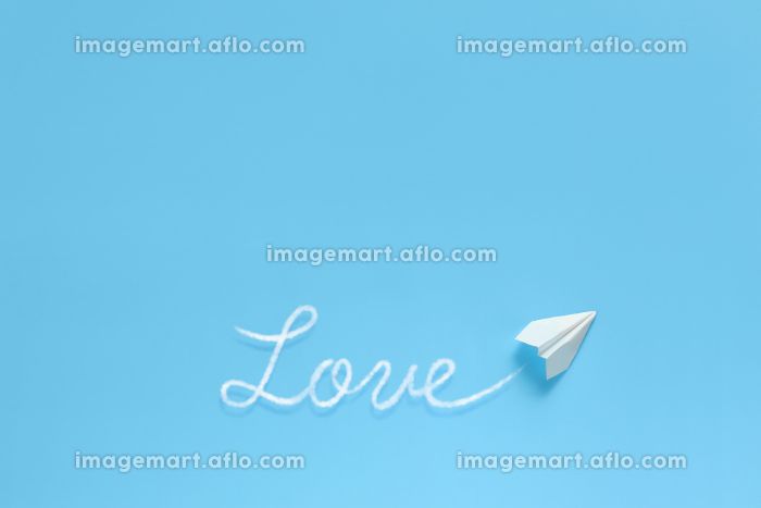 飛行機雲で文字を書く紙飛行機 3 loveの販売画像
