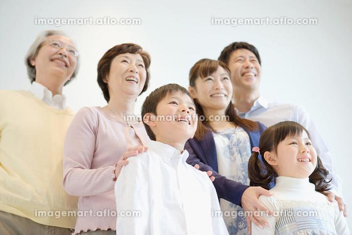 日本人家族の販売画像