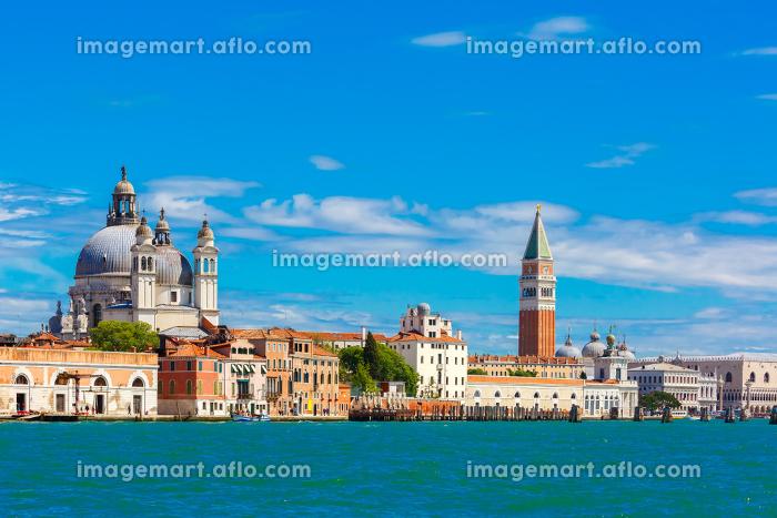 海から眺める夏のヴェネツィアの販売画像