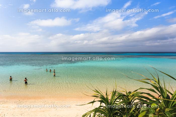 日本最南端、沖縄県波照間島・3月のニシ浜の販売画像