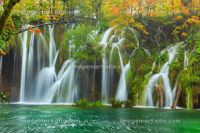 Autum colors and waterfalls of Plitvice National Parkの販売画像