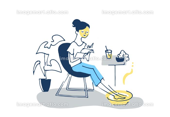 リラックスタイム パックと足湯をする女性の販売画像