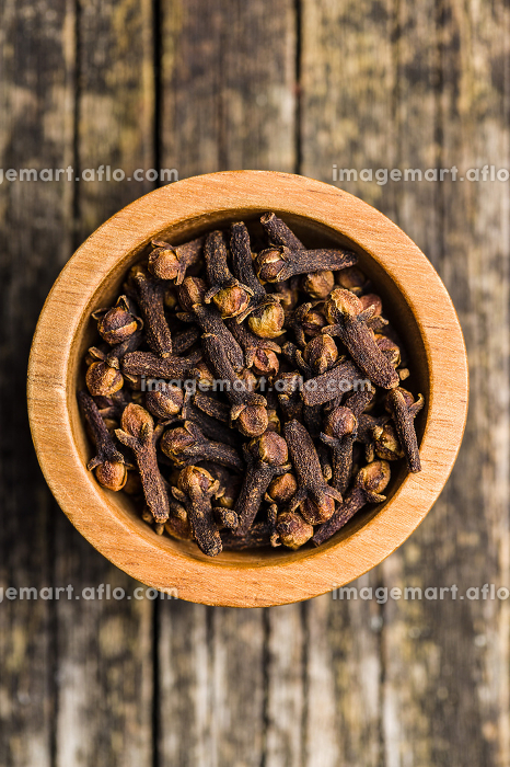 Carnation, dried clove spice.の販売画像