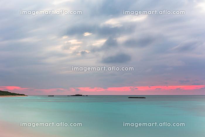 日本最南端の波照間島・3月、夕暮れのニシ浜の販売画像