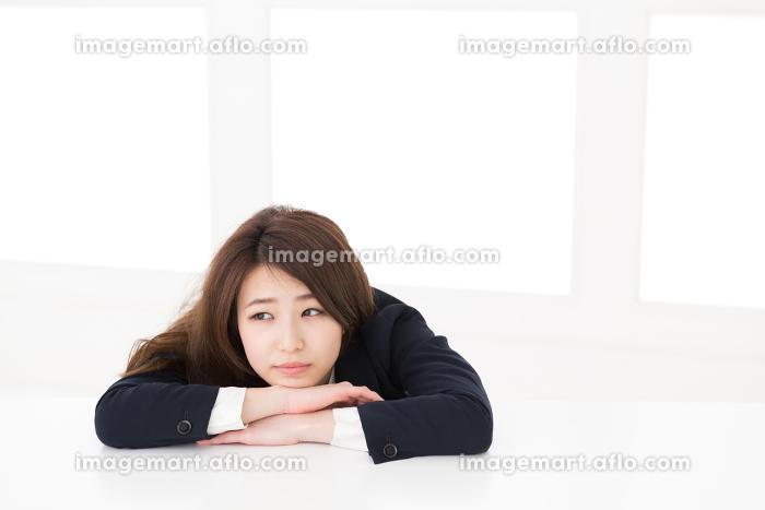 疲れた女性 ビジネスの販売画像