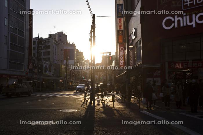夕暮れの三軒茶屋の販売画像
