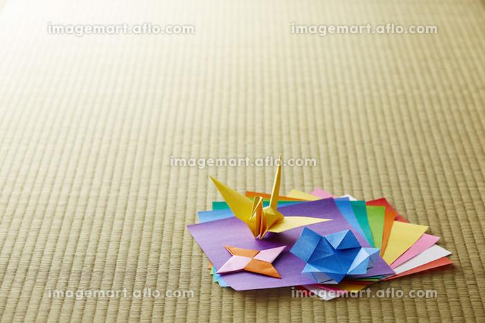 折り鶴と折り紙