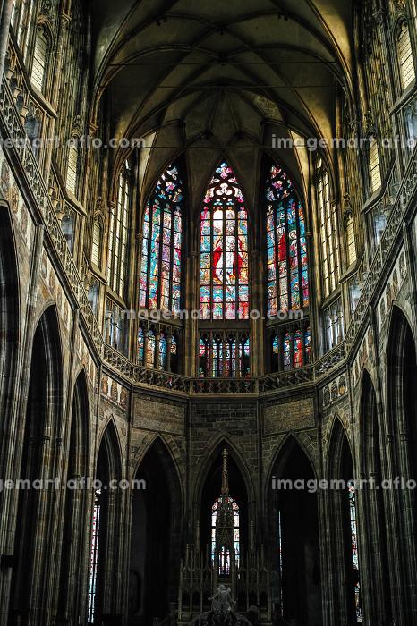 プラハ・聖ヴィート大聖堂(屋内・ステンドグラス)の販売画像