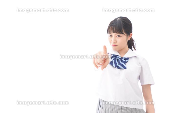 怒る女子学生の販売画像
