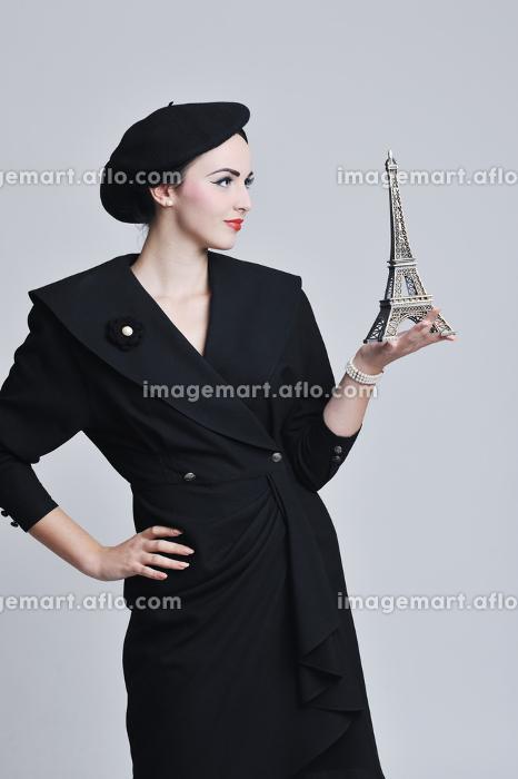 パリ 複数人 セクシーの販売画像