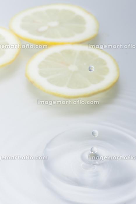 水滴と波紋の販売画像