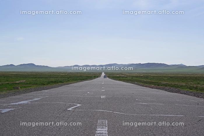 大草原へ続く道の販売画像