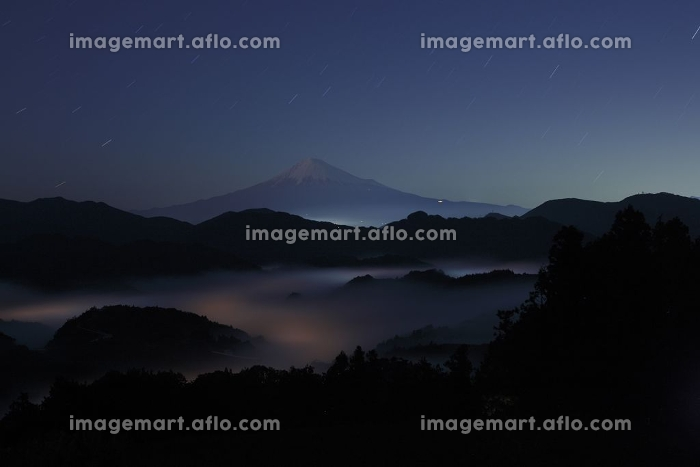 清水吉原の夜の富士山